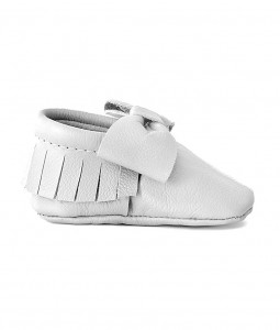 White Leather Bow Mocc
